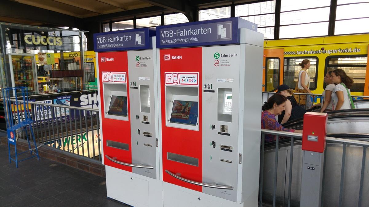Ticket-machine