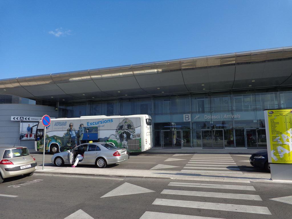 Arrival terminal DBV airport
