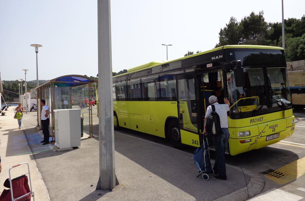 Rogac bus stop