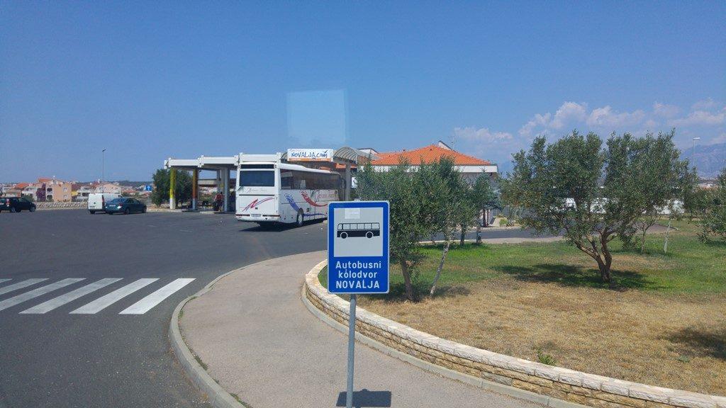 Busstation-Novalja