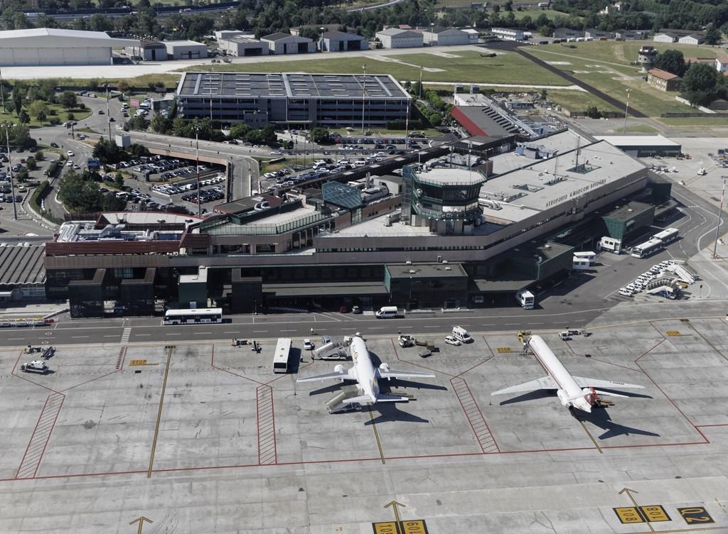 Airport Bologna terminal