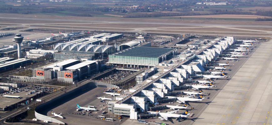 Planes at Munich airport