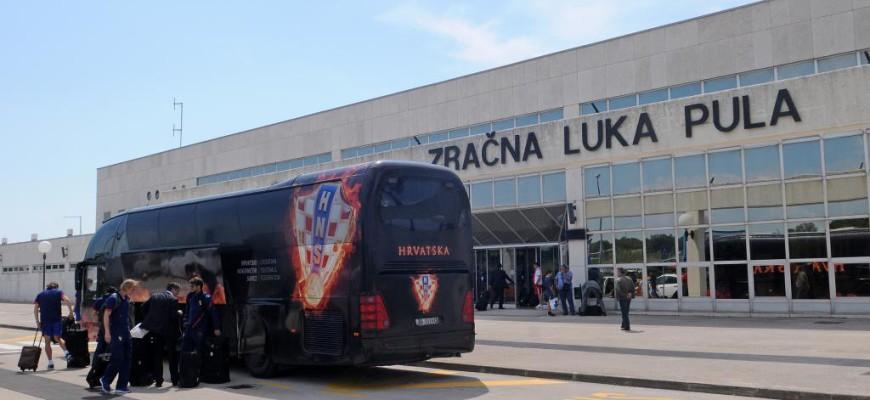 Vliegveldbus Pula Kroatie