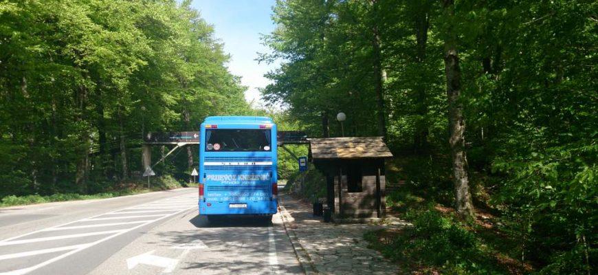 Bussen naar nationaal park Plitvice