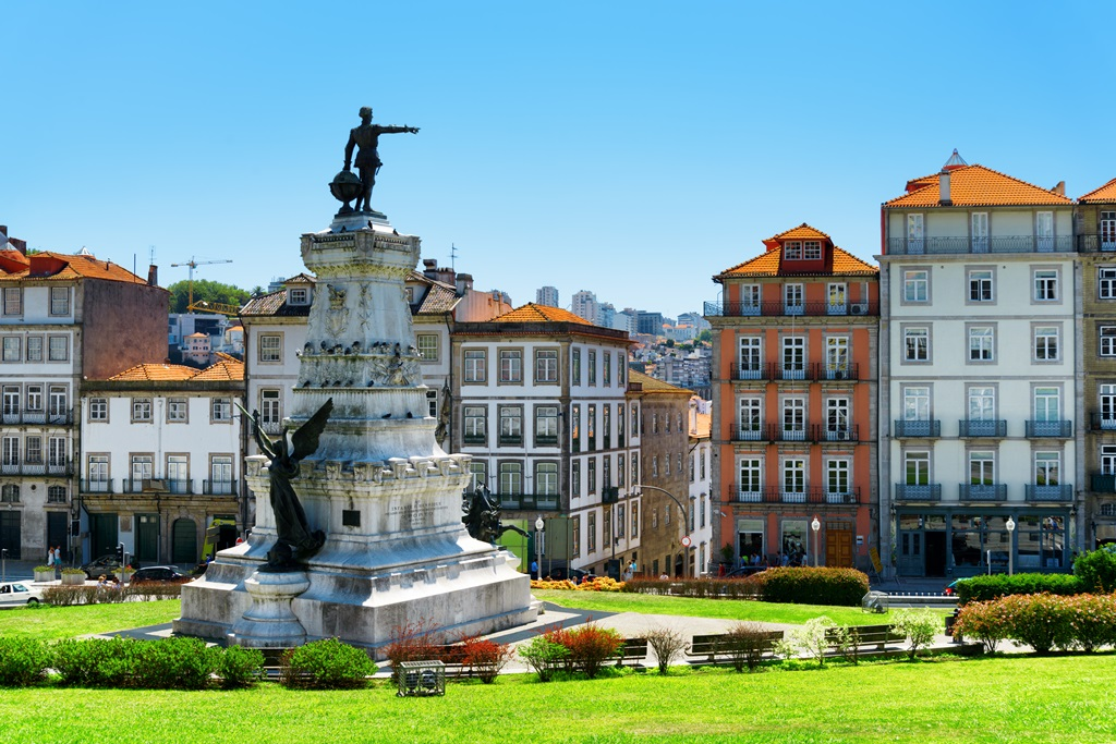 green square in lisbon portugal