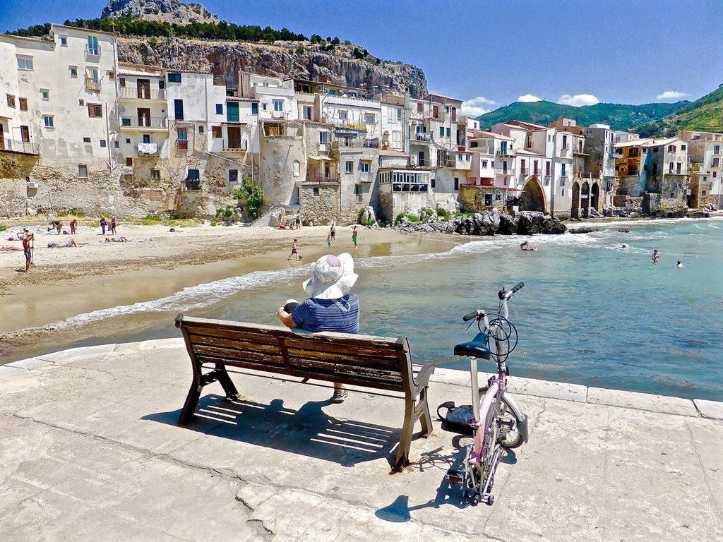 top 10 small towns in italy, what places to visit