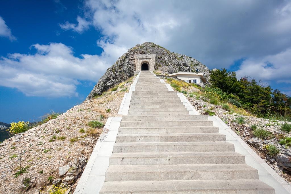 Rezultat iskanja slik za Narodni park Lovčen