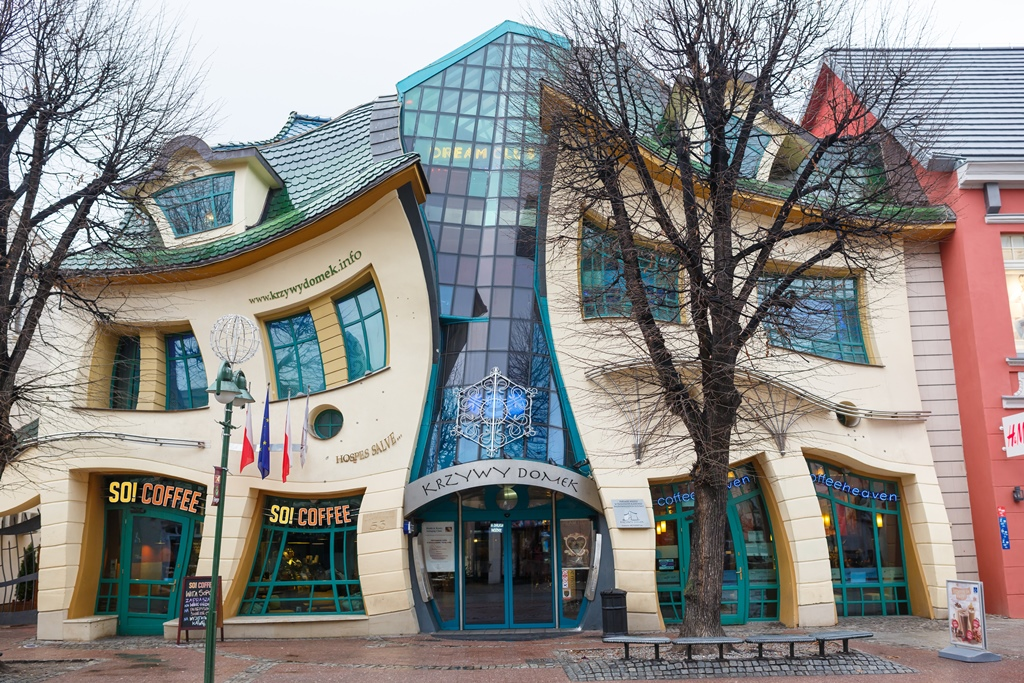 buildings unusual europe unique most architecture modern crooked architectural sopot poland coffee