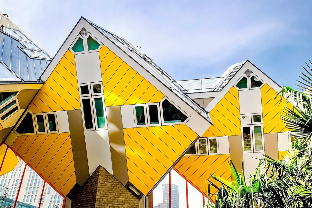 rotterdam buildings unique unusual europe houses architectural most cubic insiders guide netherlands wonders commercial light