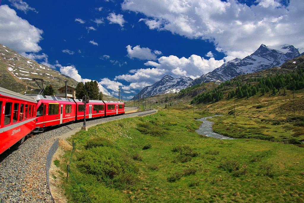 Izlazi u švicarskom Zürichu