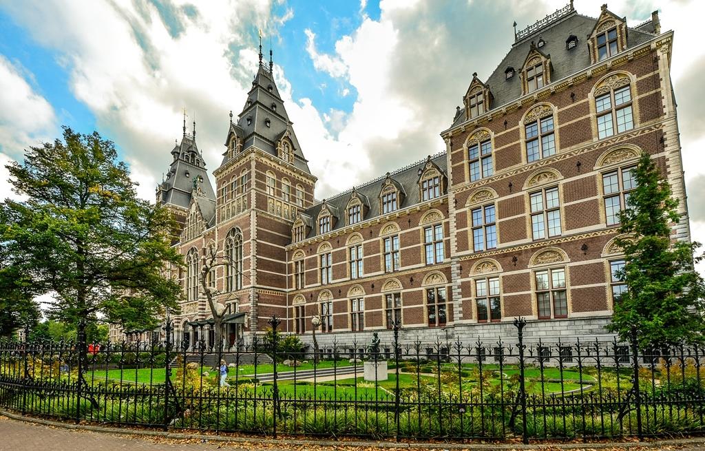 najpopularnija web mjesta za upoznavanja Nizozemska koja internetska stranica za upoznavanje je najbolja