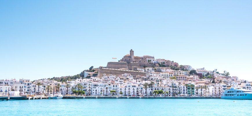 Waarom Ibiza bezoeken