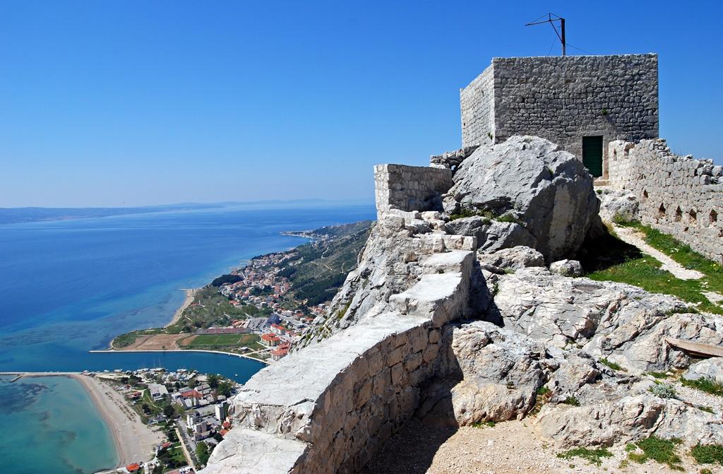 Starigrad fort Omis bezoeken