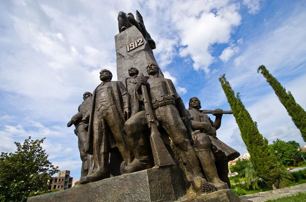 Pomnik Niepodległości we Wlorze