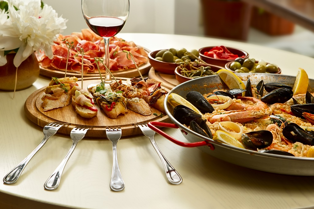 Paella and tapas