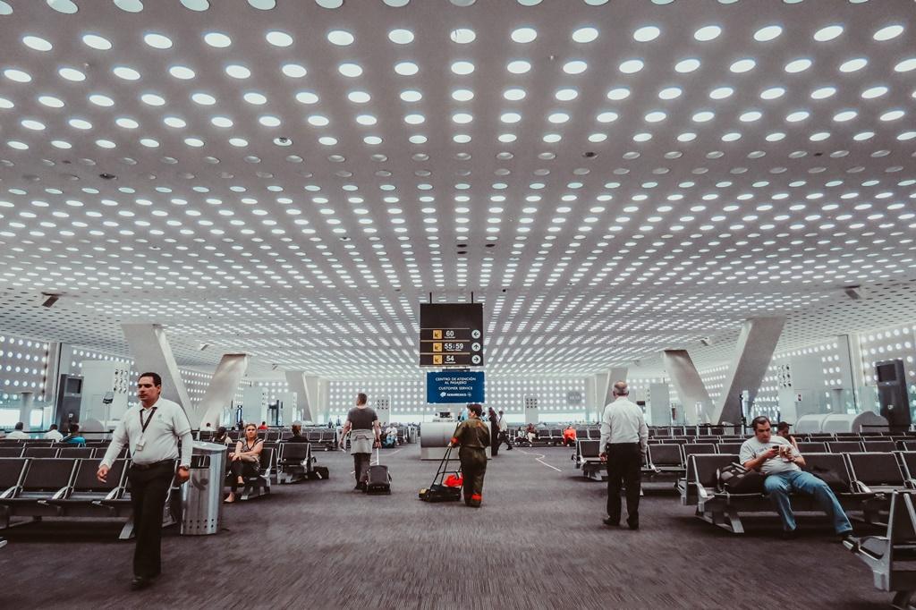 Sala d'attesa dell'Aeroporto Internazionale di Città del Messico