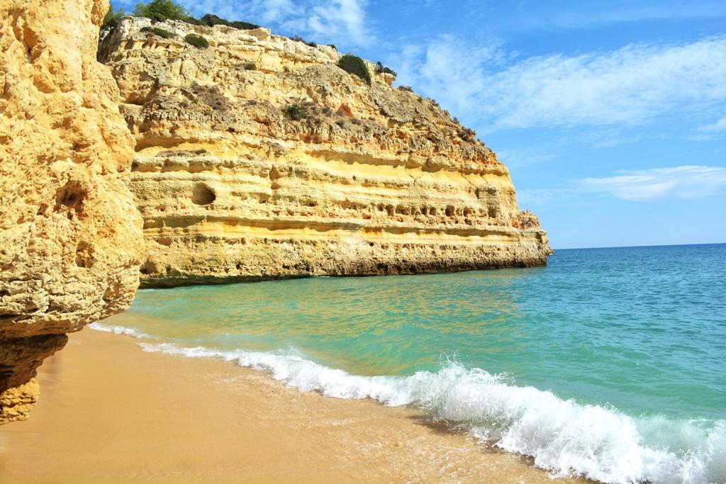 Plaža Marinha