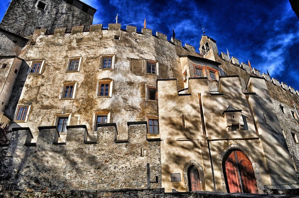 Bruck castle