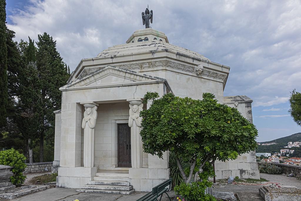 Mausoleo di Cavtat