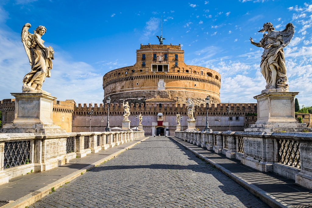 Best Museums in the World: Castello di san Angelo